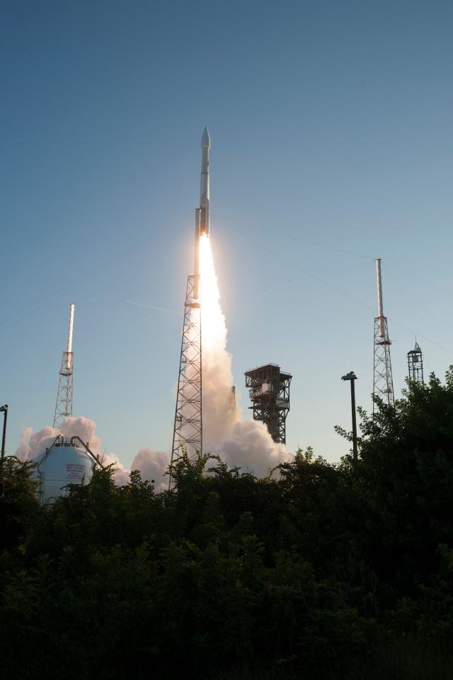 Liftoff of OSIRIS-REx from Pad 41.